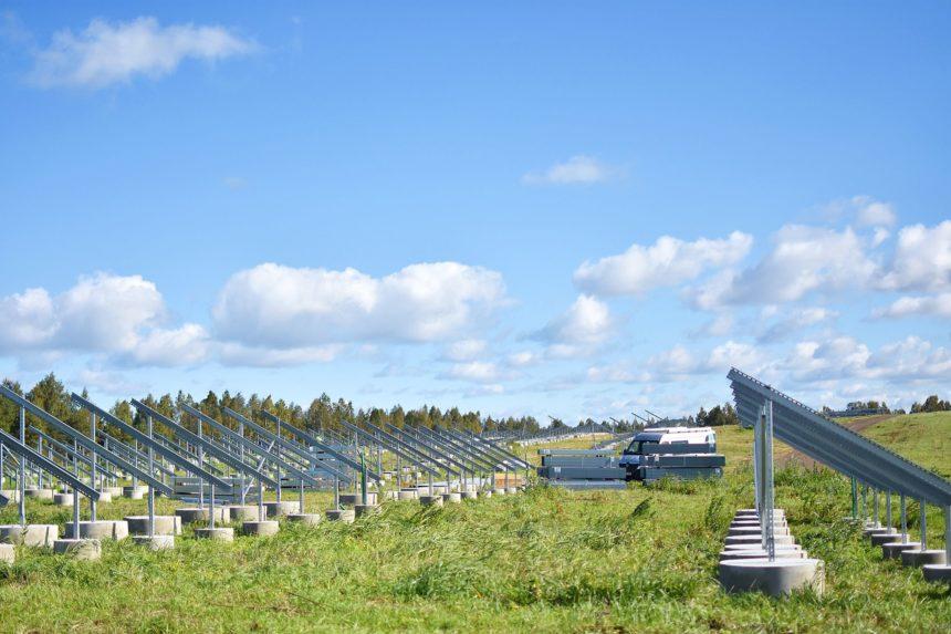 Paikre ja Eesti Gaas hakkasid ehitama Eesti suurimat päikeseenergiajaama